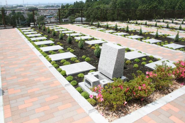 画像: ガーデニング型永代供養付有期限墓地