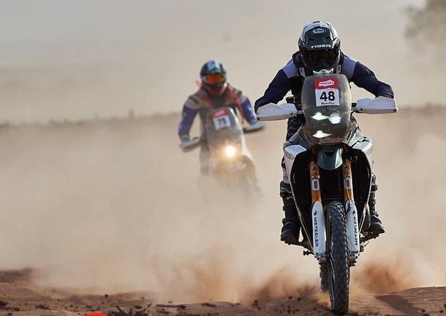 画像2: トライアンフ・タイガーでアフリカのラリーに参戦