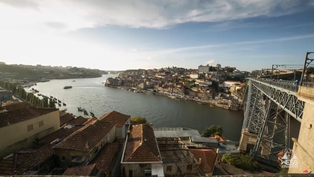 画像1: ポートワインの生まれた地、港町ポルトが舞台
