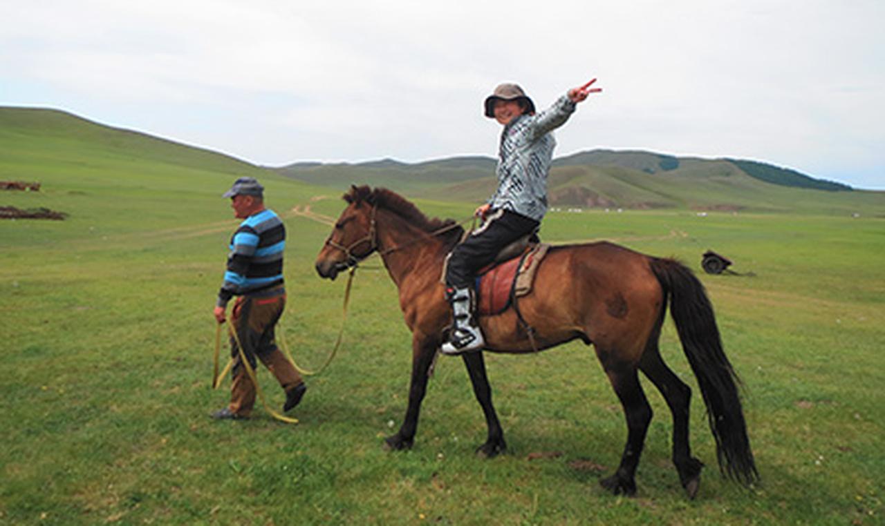 画像1: 遊牧民とのふれあいや大自然