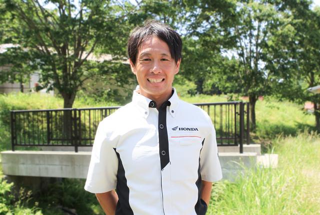 画像: モトクロスのトップライダー田中教世が試乗でアドバイス