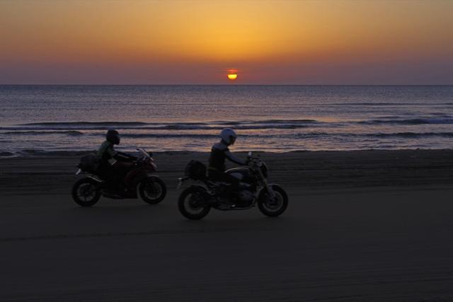 画像2: バイクイベントとしては異例の3000台が集合