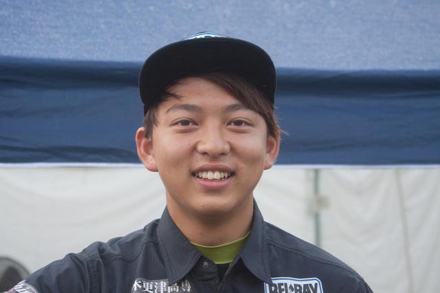 画像1: 「ここ一番のスピードはピカイチ、頼れる3男」 保坂修一(16歳)