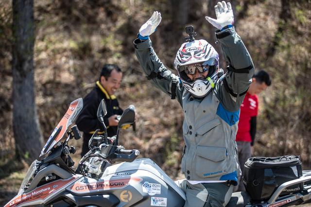 画像5: バイクが巧い=エライ!