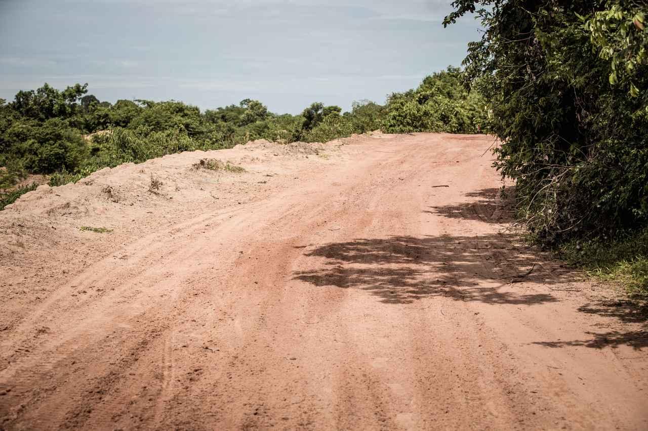 画像1: 赤土のグリップに優れる