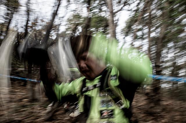 画像6: フィニッシュヒル、この坂を登ったほうが勝ちだ!