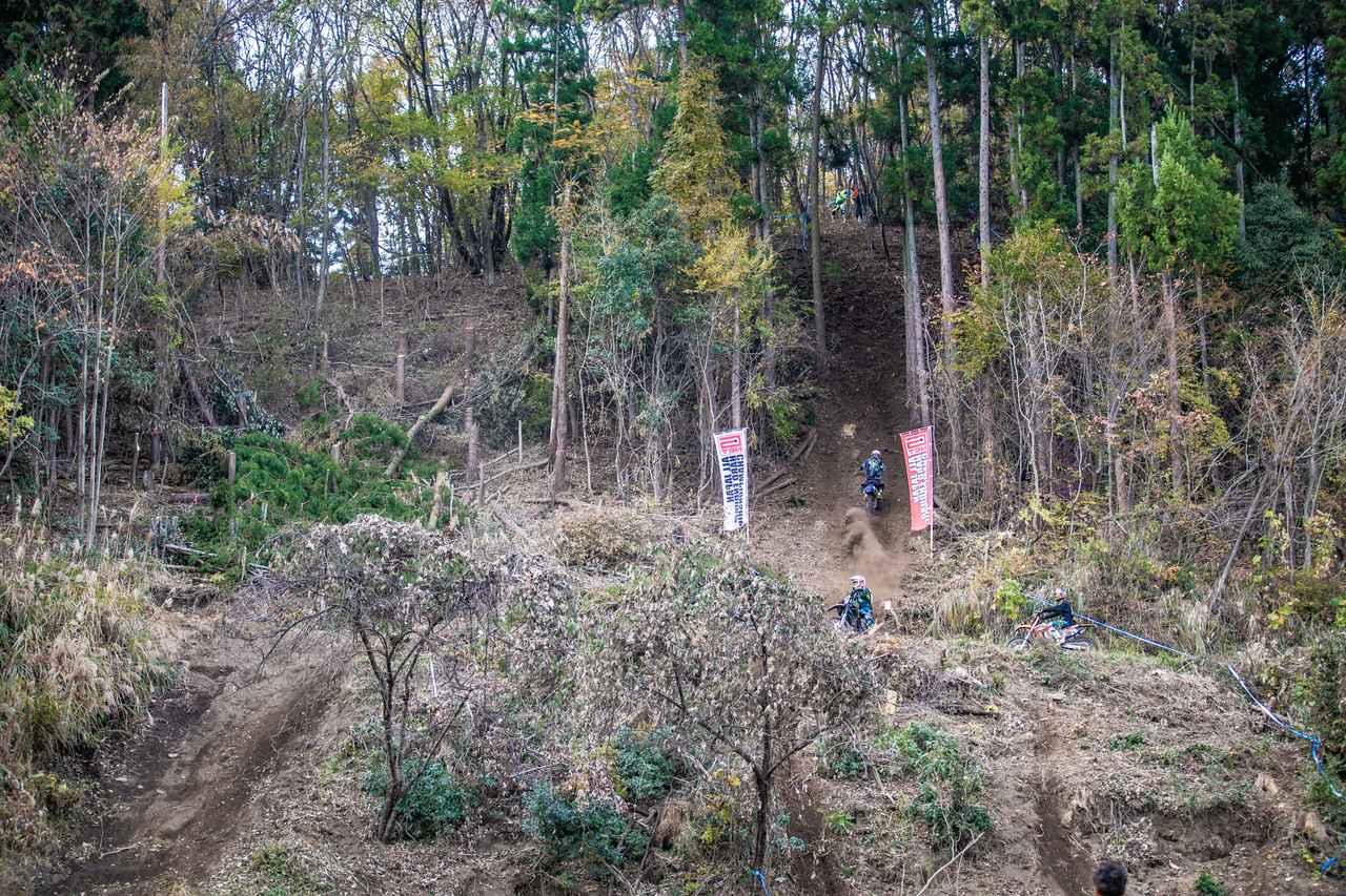 画像1: フィニッシュヒル、この坂を登ったほうが勝ちだ!