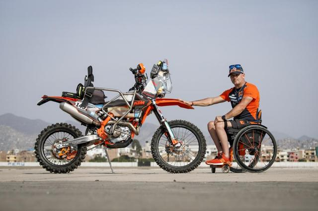 画像: 143 DUTTO Nicola (ita), KTM, Offroad Adventure Crew, Moto, during the Dakar 2019, Scrutineering, verifications, Peru, Lima, on january 4 to 5 - Photo Florent Gooden / DPPI www.dakar.com