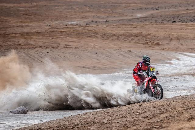 画像1: <Dakar Rally 2019> Daily Report⑥ ホンダのリッキー•ブラベックが好タイムでステージ4優勝! 総合順位もトップに。 - webオートバイ