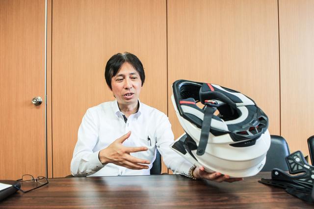 画像: VFX-WR www.shoei.com