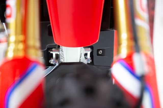 画像4: CRF250Rのフレームに SHINDENのモーターをダウンサイジングしてフィッティング