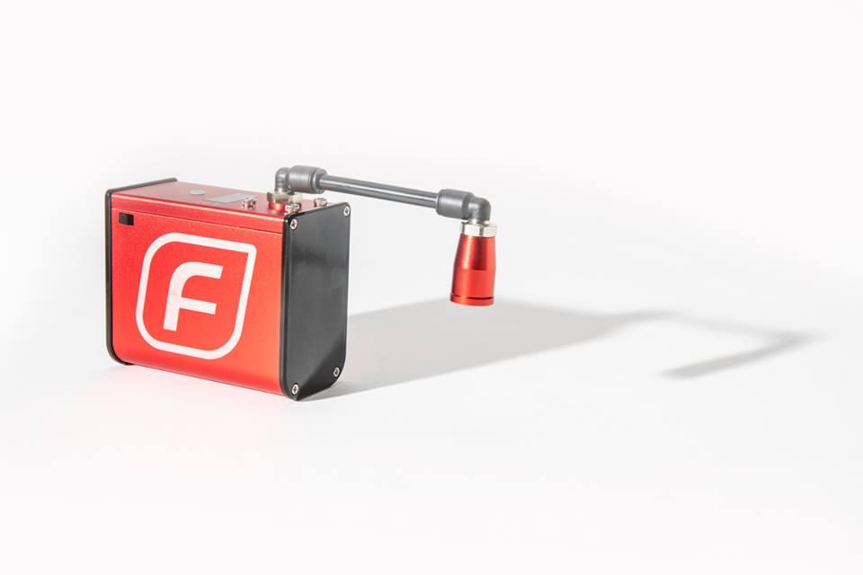 画像: オーストラリアからやってきた便利な電動コンプレッサー