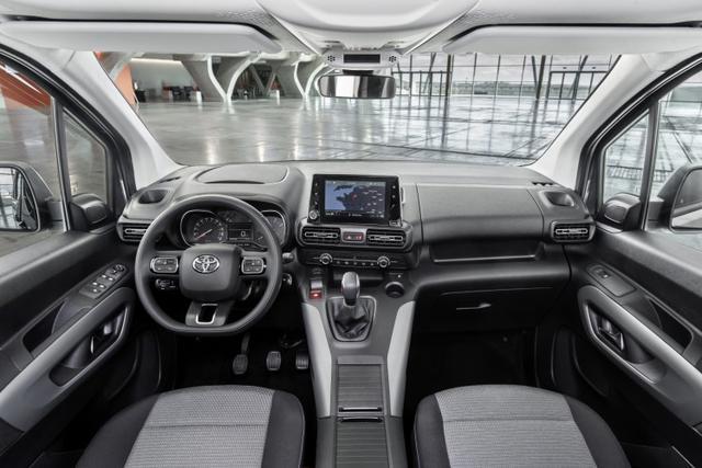 画像3: 欧州版ハイエース新型デビュー。先進機能充実で、まるで乗用車