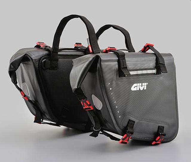 画像: オフロードバイクに適した設計のサイドバッグ