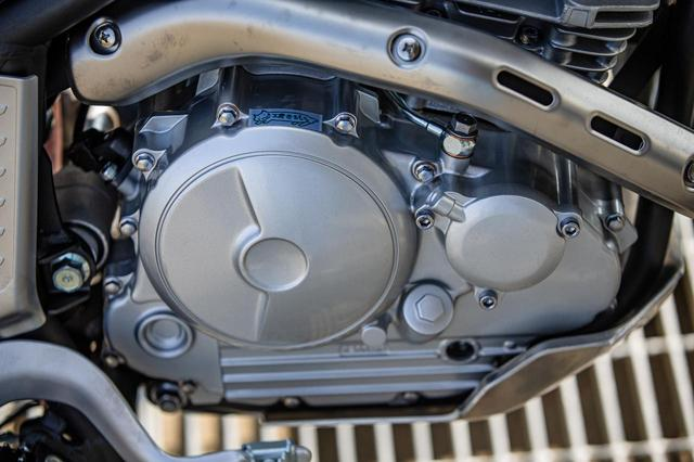 画像2: 軽量化と、工房きたむらのリテーナーが活きるエンジン