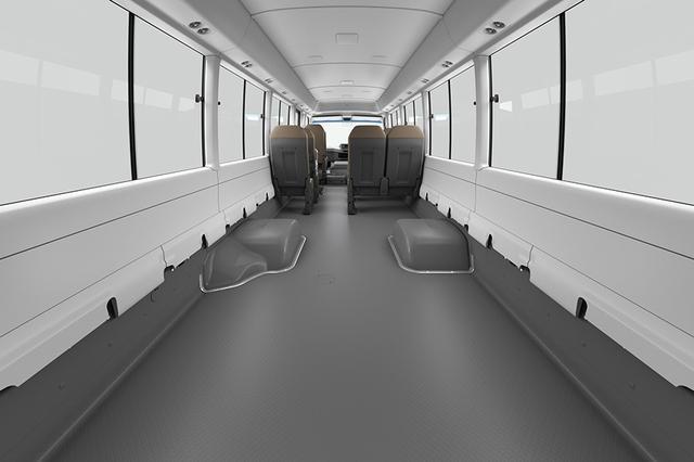 画像: GX(超ロングボディ・13人乗り・6AT車)リヤスペース