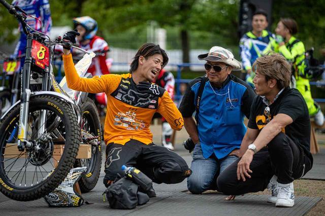 画像: 会場には、ロードから加賀山就臣も。いまや、日本のモータースポーツ業界で注目を集めるシティトライアル