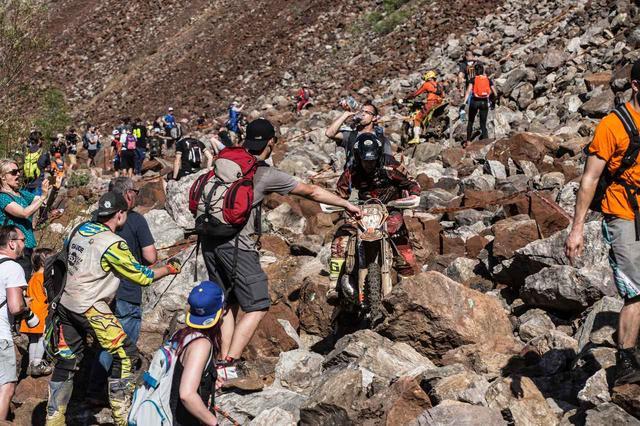 画像: カールズダイナー。2kmほど続く、極大の岩場を走る。ここをいかに早くクリアできるかが、エルズベルグロデオのキモだ