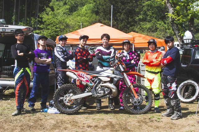 画像: オフロードバイクを始めたばかりの若者たちが、ハードエンデューロに情熱を燃やす - Off1.jp(オフワン・ドット・ジェイピー)