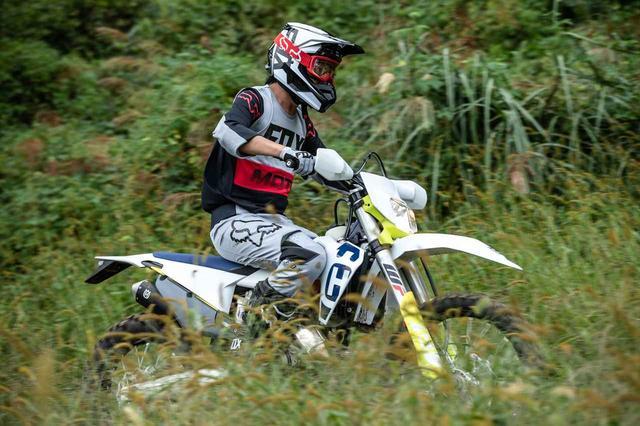 画像8: FOX V1ヘルメット プリ