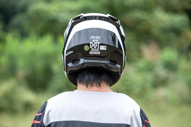 画像10: FOX V1ヘルメット プリ
