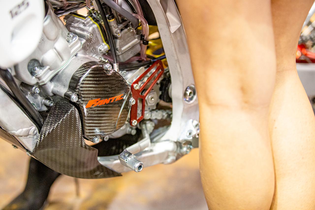 Images : 11番目の画像 - 「怒濤EICMA・FANTICがEURO5突破、公道走行可なYZを発表。さらにファクトリーチームを設立しちゃった…その意味」のアルバム - Off1.jp(オフワン・ドット・ジェイピー)