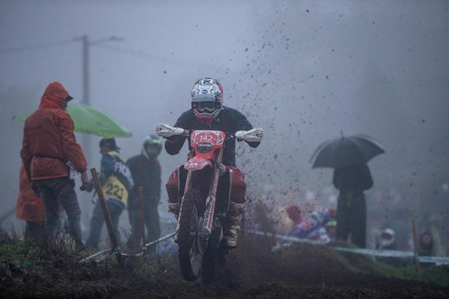 画像10: 雨、超絶難易度のルート、そして個性的なテスト