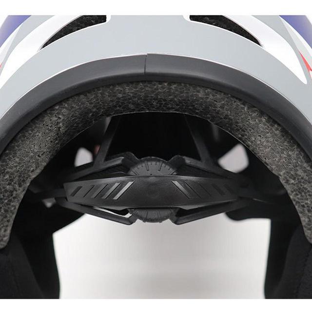 画像3: いわばヨツバモト向けのキッズフルフェイス。「ホールショット ヘルメット」