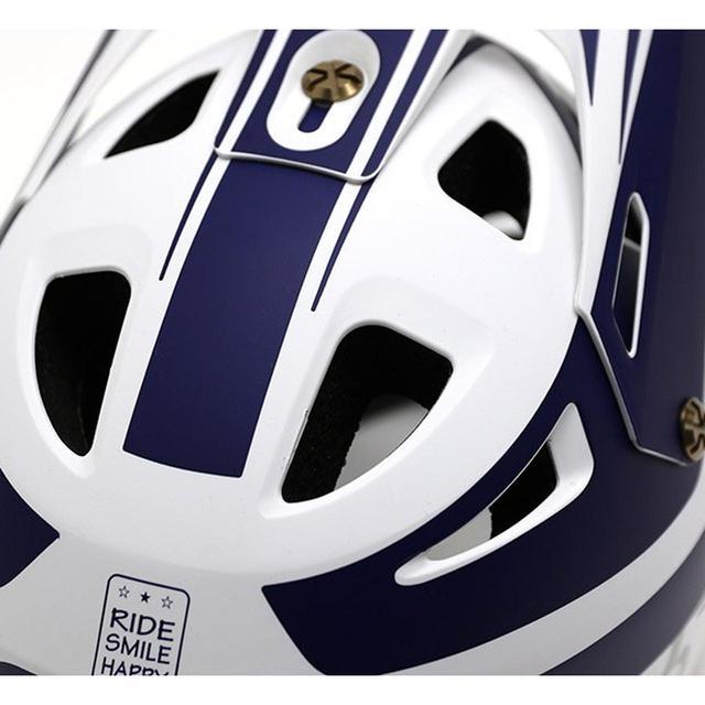 画像: ヨツバキッズ ホールショットヘルメット