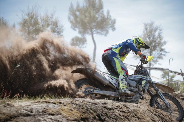画像: 4ストローク250ccでフリーマンに拮抗したマテオ・カバッロ。 Matteo Cavallo / Future7Media