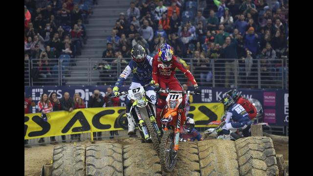 画像: SuperEnduro Poland 2020 - Highlights youtu.be