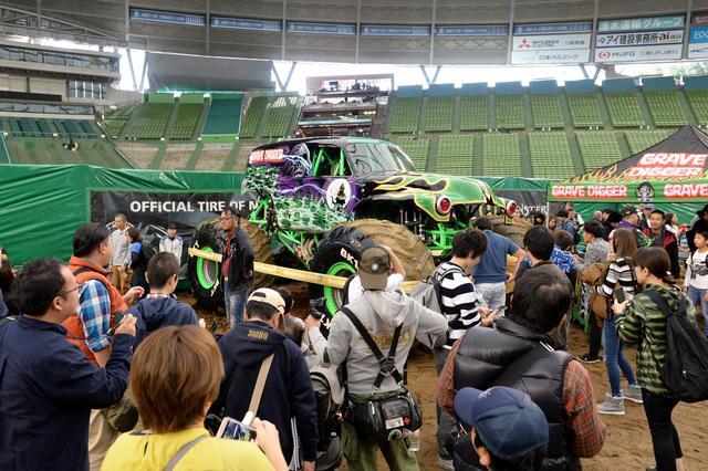 画像: ©2019 Feld Motor Sports, Inc. 日本でも人気の グレイブ・ディガーを間近に見る