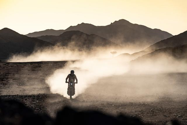 画像: ステージ2を走る、トビー・プライス。 PHOTO/Rallyzone