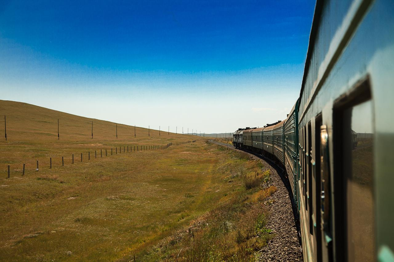 画像: 大陸横断鉄道ならではの旅情を満喫できます!