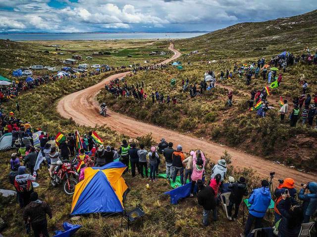 画像: このステージでトップとの差を30秒詰め、ボリビアに到着した。