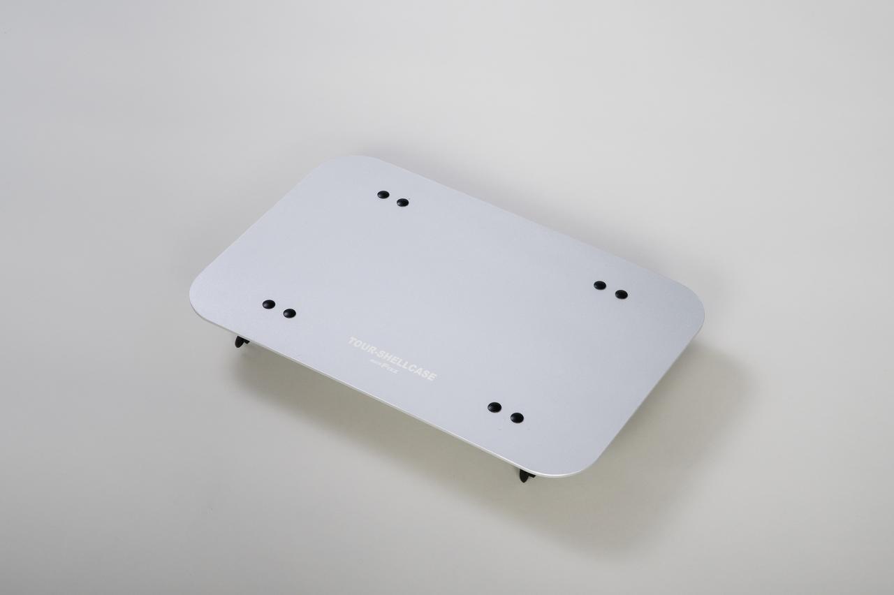 Images : 1番目の画像 - 「サイドバッグの新たな使い道、なんとテーブルに変形」のアルバム - Off1.jp(オフワン・ドット・ジェイピー)