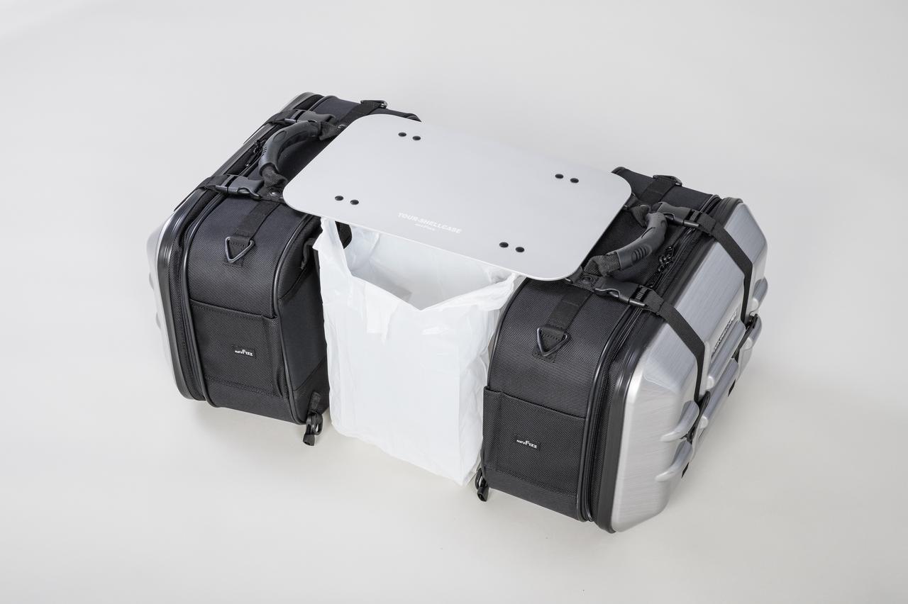 画像: レジ袋をひっかければ簡易ゴミ箱に