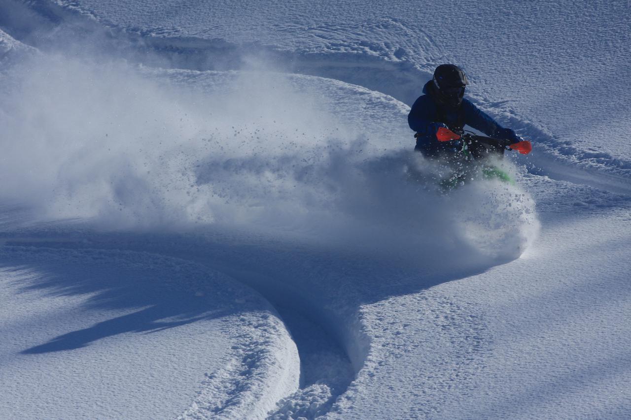 画像: 雪崩というリスク