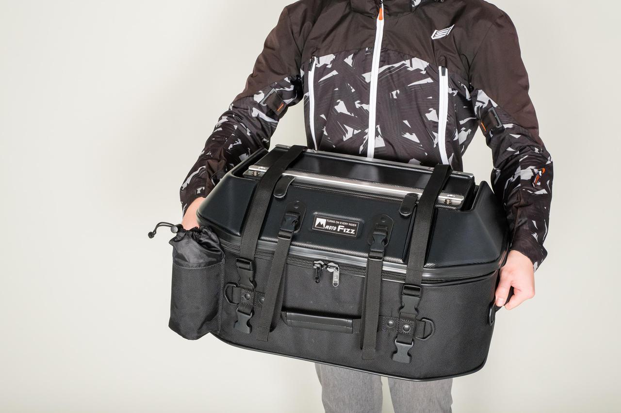 Images : 6番目の画像 - 「このシートバッグは荷物を詰めるだけじゃない。1つで2役、なんとテーブルに変形」のアルバム - webオートバイ