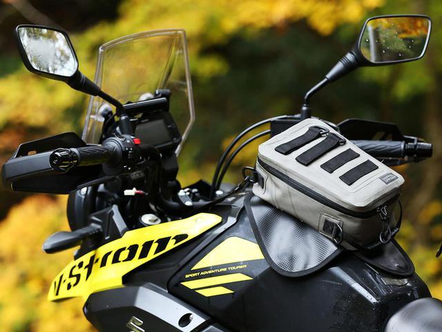 画像: バイクパッキングは、ターポリンで。泥すら気にせず、丸洗い