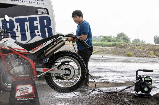 画像9: 半年間で100台売れたエンジン式洗車機、その理由は使ってみたら納得だった