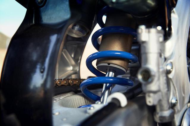 画像3: サス、フレームもリファイン。エンジン回りを見直した