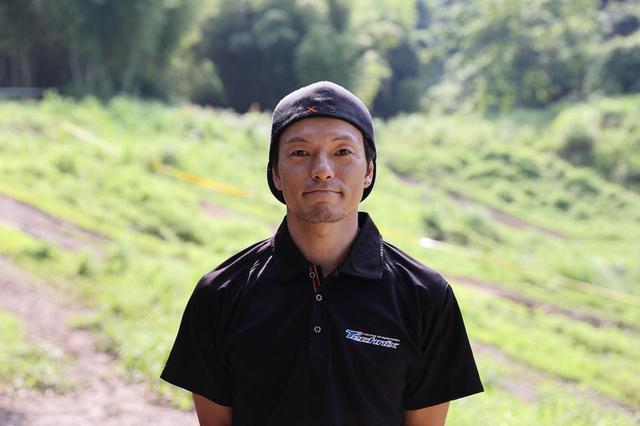 画像: 今回洗車でお世話になったテクニクスのメカニック 土田夏希さん