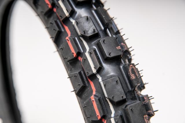 画像1: トレールの定番タイヤ、GP22
