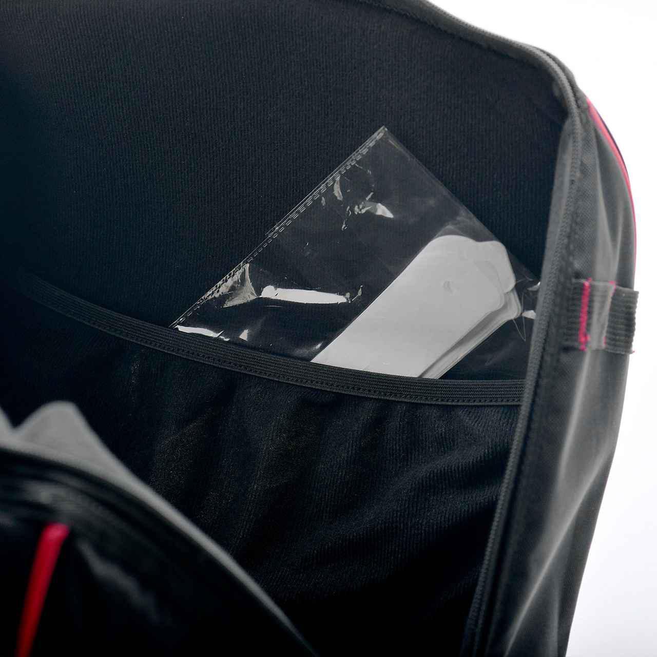 画像4: ヘルメット+小物ギアはバッグにまとめてスマートに