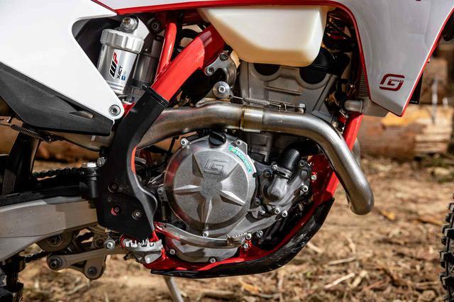 画像3: GASGAS、KTM、ハスクバーナ…3ブランドの4スト250を田中太一が比較する