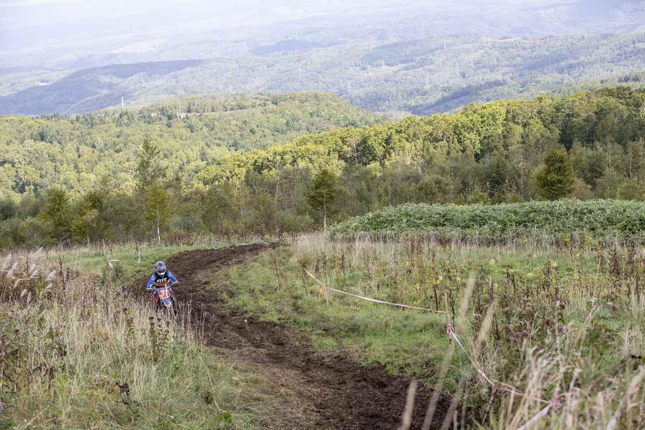 画像1: 極上のトレイルを堪能! 走りごたえのあるコース約40kmが実現