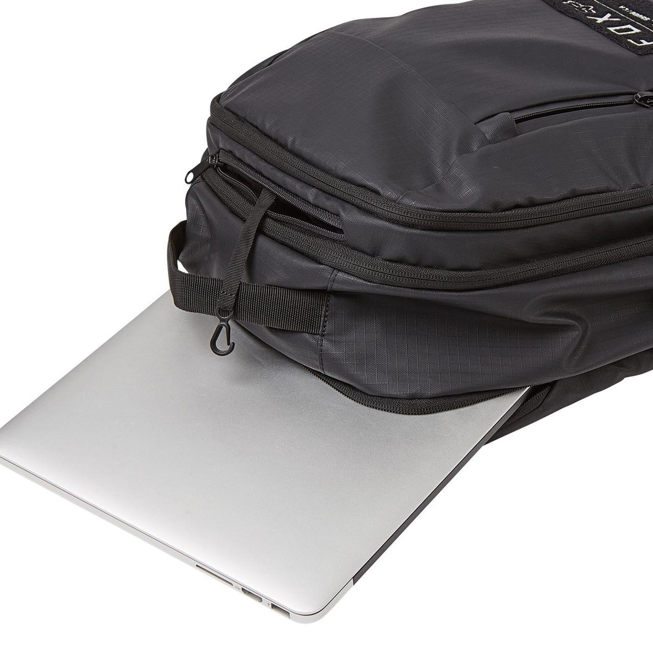 画像2: しっかりした容量とノートPC用ポケット付きで様々なシーンに対応
