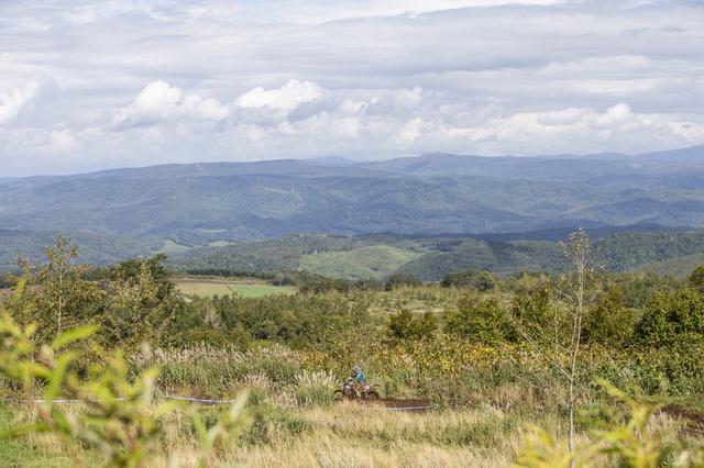 画像2: 極上のトレイルを堪能! 走りごたえのあるコース約40kmが実現