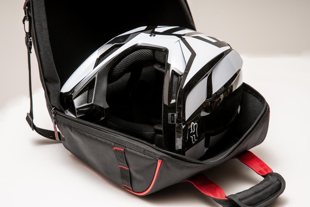 画像: ヘルメット収納を一発解決してくれるヘルメットバッグ - Off1.jp(オフワン・ドット・ジェイピー)